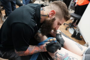 Cody Lampl 32 bei der Tattoogrammstunde im Trust